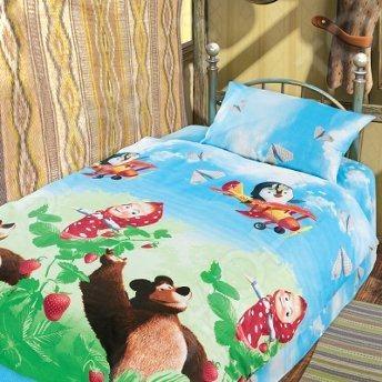 Комплект постельного белья Непоседа Друзья это незаменимый элемент детской спальни. Чтобы вы были спокойны, сон вашего ребенка комфортным, а пробуждение приятным, мы предлагаем вам этот комплект постельного белья. Приятный цвет и высокое качество комплекта гарантирует, что атмосфера спальни наполнится теплотой и уютом, а ваш малыш испытает множество сладких мгновений спокойного сна. В качестве сырья для изготовления этого изделия использованы нити хлопка. Натуральное хлопковое волокно известно своей прочностью и легкостью в уходе. Волокна хлопка состоят из целлюлозы, которая отлично впитывает влагу. Хлопок дышит и согревает лучше, чем шелк и лен. Поэтому одежда из хлопка гарантирует владельцу непревзойденный комфорт, а постельное белье приятно на ощупь и способствует здоровому сну. Не забудем, что хлопок несъедобен для моли и не деформируется при стирке. За эти прекрасные качества он пользуется заслуженной популярностью у покупателей всего мира. Комплект постельного белья Непоседа Друзья выполнен из ткани бязь. Бязь это одна из самых популярных тканей. Постоянному спросу на такую ткань способствует то, что на протяжении многих лет она остаётся незаменимой в производстве постельного белья, медицинской одежды, мужских сорочек и даже детских пеленок. Это объясняется уникальными свойствами такой ткани: она неприхотлива и долговечна. Постельное белье торговой марки Непоседа позволит даже самому взыскательному покупателю найти продукт по душе и разнообразить интерьер детской комнаты.