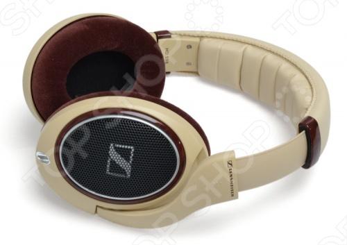 Наушники мониторные Sennheiser HD 598Наушники<br>Наушники мониторные Sennheiser HD 598 для прослушивания музыки. Подойдут для устройств с разъемом jack 6.3 мм, в комплекте переходник на mini jack 3.5 мм. Длина съемного кабеля составляет 3 метра. Провод изготовлен из бескислородной меди. Используются динамики с неодимовыми магнитами. Удобное оголовье, большие мягкие амбушюры обеспечивают отличную шумоизоляцию. Инновационная технология E.A.R. гарантирует точную направленность звукового сигнала прямо в ушной канал. Модель цвета слоновой кости.<br>