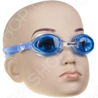 Очки для плавания детские ATEMI N7603Очки для плавания детские<br>Ваш малыш регулярно посещает бассейн, мечтает стать великим спортсменом или просто любит воду Тогда очки ATEMI N7603 станут для него прекрасным подарком. Модель имеет силиконовый ремешок с возможностью быстрой регулировки по размеру. Очки обеспечивают защиту от ультрафиолета и запотевания. Уплотнитель из силикона делает очки ATEMI N7603 подходящими для детей с чувствительной кожей около глаз.<br>