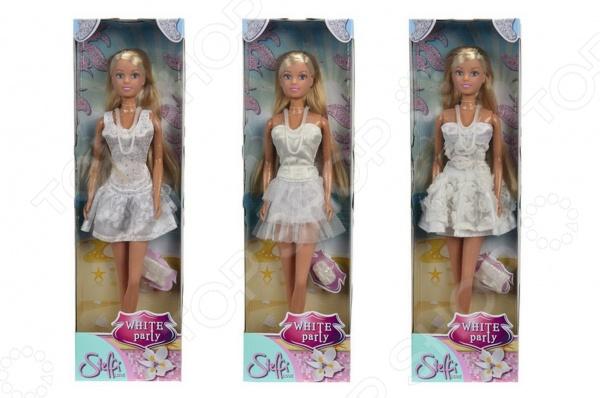 Кукла Simba Штеффи в белом платье. В ассортиментеКуклы<br>Товар продается в ассортименте. Вид изделия при комплектации заказа зависит от товарного ассортимента на складе. Кукла Simba Штеффи в белом платье понравится любой девочке. Кукла это интересная и полезная игрушка для любой девочки. Такая игрушка оставляет простор для фантазий ребенка, дает возможность самостоятельно придумывать новые игры и с помощью таких игр адаптироваться в реальном мире. Эта кукла надолго станет настоящим другом вашему ребенку. Штеффи настоящая модница, ваша малышка сможет самостоятельно придумывать красивые прически для длинных волос Штеффи. Кукла одета в стильное ультрамодное белое платье.<br>