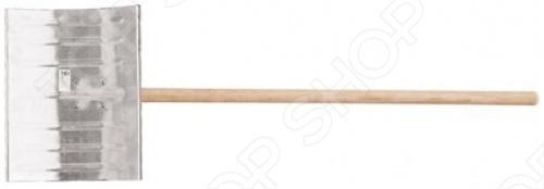 Лопата тротуарная РОС 68126 со шлифованным деревянным черенком. Рабочая часть лопаты изготовлена из оцинкованной стали толщина полотна составляет 1.5 мм . Отличный и надежный инструмент для уборки снега с тротуаров.