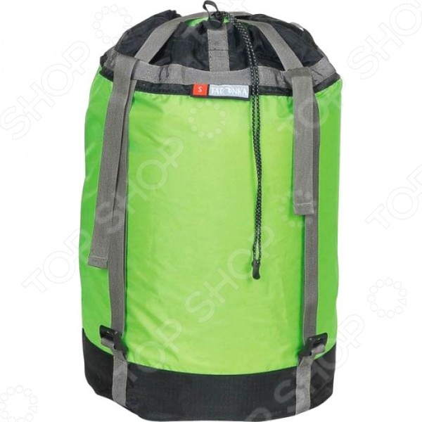 Мешок компрессионный Tatonka Tight Bag мешок для туристических нужд, используется в основном для упаковки спального мешка или одежды. Оснащена двумя сквозными регулируемыми ремнями, которые отлично сжимают содержимое. Общий объем составляет 18 л.