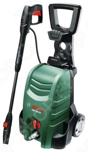 Мойка высокого давления Bosch AQT 35-12 представляет собой бытовое уборочное оборудование, предназначенное для мытья машин, фасадов зданий, мотоциклов, велосипедов, садового инвентаря и т.д. Модель сочетает в себе профессиональное качество, практичность и многофункциональность. Мощная струя воды с легкостью справится даже с самыми въедливыми и трудноустранимыми загрязнениями. Устройство весьма удобно в использовании и компактно в хранении. Модель оборудована отсеком для хранения аксессуаров, складной рукояткой, насадкой 3-в-1 и колесами для удобства транспортировки. Производительность мойки составляет 350 л ч, а максимальное давление 120 бар.