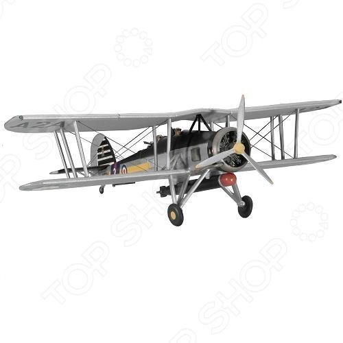Сборная модель самолета Revell Fairey Swordfish Mk I/IIIАвиамодели<br>Сборная модель Fairey Swordfish Mk I III представляет собой точную копию настоящего военного самолета. Состоит из 68 деталей, которые юный механик должен собрать сам. Во время игры с такой крылатой машиной у ребенка развивается мелкая моторика рук, фантазия и воображение. Британский торпедоносец выпущен известной компанией по производству игрушек Revell. Изготовлен из пластика и обладает потрясающей детализацией. Сборная модель Fairey Swordfish Mk I III является отличным подарком не только ребенку, но и коллекционеру. Клей, кисточка и краски в комплект не входят.<br>