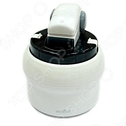 Прибор для приготовления мороженого Smile ICM 1155Мороженицы<br>Мороженое, приготовленное в домашних условиях, намного вкуснее и полезнее покупного. Оно не содержит вредных наполнителей и прекрасно подходит для детей! Порадуйте себя мороженым любого вкуса, мороженым шербетом собственного приготовления и замороженным йогуртом. Это вкусно и полезно! Время приготовления мороженного в мороженице Smile 20-40 минут. Автоматическое замешивание заготовки. Чаша долго сохраняет температуру благодаря веществу хладоген. Прибор легко чистится. Эргономичный дизайн. Внимание! Чаша требует первичной длительной заморозки перед первым применением.<br>