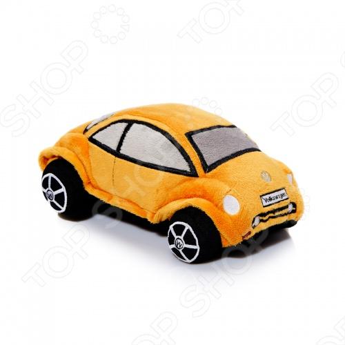 Подушка декоративная Pit stop Volkswagen Beetle - это замечательный подарок для маленького ребенка. Данная модель привлекает внимание благодаря своему оригинальному дизайну и качественному выполнению. Мягкая подушечка принесет радость и подарит своему обладателю мгновения нежных объятий и приятных сновидений. Подушечка выполнена из качественных материалов, которые не вызывают аллергии.
