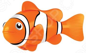 Роборыбка RoboFish Клоун 2501-4 станет замечательным подарком и с радостью поселится в вашем аквариуме. Данная модель относится к инновационным высокотехнологичным игрушкам. Активируется игрушка в воде, имитирует движения и повадки рыбы. Электромагнитный мотор позволяет рыбке двигаться в 5 направлениях. При погружении в аквариум или другую емкость с водой, РобоРыбка начинает плавать, опускаясь ко дну и поднимаясь к поверхности воды. Игрушка работает от двух алкалиновых батареек А76 или RL44, которые входят в комплект две установлены в игрушку и 2 запасные . С этой рыбкой Клоуном можно купаться или просто играть с ней в маленьком аквариуме.