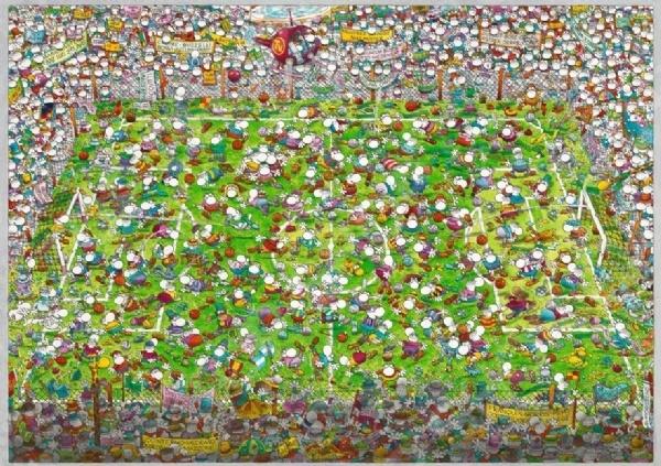 Игра Пазл была изобретена более двухсот лет назад в Англии и с тех пор не теряет своей актуальности, продолжая с каждым годом набирать всю большую и большую популярность у поклонников развивающих игр и головоломок. Объясняется все тем, что собирание пазлов это не просто интересное и увлекательное времяпрепровождение, а возможность самостоятельно создать чудесную картину. Пазл 4000 элементов Heye Кубок мира Guillermo Mordillo станет прекрасным подарком как для ребенка, так и для взрослого. По утверждениям психологов, собирание головоломки способствует развитию цветового восприятия, мелкой моторики рук, воображения и когнитивного мышления; делает вас более усидчивым, внимательным и организованным. После же, сложенную картину можно склеить с помощью специального клея для пазлов и украсить ею интерьер комнаты. За основу сюжета для пазла взята картина известного аргентинского художника-иллюстратора Гильермо Мордилло. Пазлы изготовлены из плотных материалов; отличаются яркой цветовой гаммой, высоким качеством полиграфии и точной нарезкой деталей, обеспечивающей их хорошую стыковку друг с другом. Размер сложенного изображения 136х96 см.
