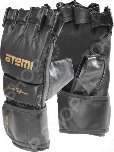 Перчатки Mixfight ATEMI LTB19111Перчатки для смешанных единоборств<br>Перчатки ATEMI LTB19111 произведены из натуральной кожи, благодаря чему обеспечивается высокая износостойкость и устойчивость к ударам. Модель прекрасно подойдет для тренировок. Мягкая текстильная подкладка приятна руке и обладает высокой прочностью. Удобный двухпозиционный эластичный манжет обеспечивает непревзойденно плотную и удобную посадку модели на руке. Удобные застежки-липучки.<br>