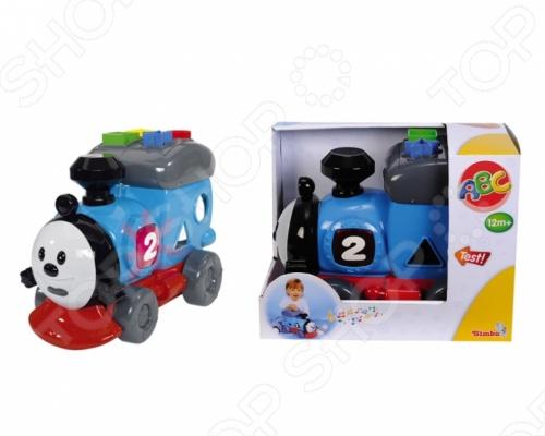 Паровозик Simba игрушечный обязательно заинтересует вашего малыша. На крыше игрушки расположено несколько кнопочек для выбора мелодии. Если нажать на номер, то паровозик начнет движение. Изделие работает от двух батареек. Веселая игрушка со световыми и звуковыми эффектами станет любимой игрушкой вашего ребенка. Паровозик Simba игрушечный рекомендуется для детей не младше 1 года.