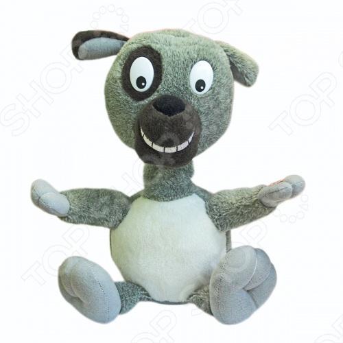 Мягкая игрушка интерактивная Woody OTime СобакаМягкие интерактивные игрушки<br>Игрушка плюшевая интерактивная Woody O 39;Time Собака станет замечательным подарком для вашего маленького чуда. Игрушка выполнена из качественного материала, который не вызывает аллергии. При включении машет головой и поет песню. При ударе по мордочке, пес перестает петь песню и, не прекращая махать головой, начинает повторять сказанные вами слова. Игрушка понравится как деткам, так и взрослым.<br>