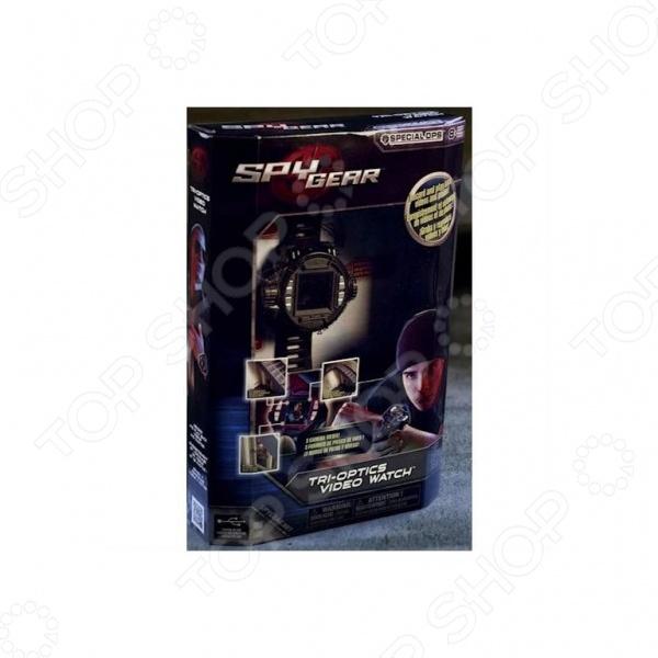 Каждый ребенок, в особенности мальчик, хочет получить в подарок крутую шпионскую штуку типа - гаджетов, оружия и предметов слежки, с которыми мог бы почувствовать себя настоящим шпионским агентом 007. Шпионский набор Spy Gear Tri-Optics Video Watch это идеальная игрушка для детских ролевых игр и веселого времяпрепровождения. Для успешной слежки, ребенку понадобится устройство, с помощью которого, мог бы наблюдать объекты с безопасного расстояния и при этом записывать увиденное. С помощью видеочасов Spy Gear, можно вести слежку и снимать до 30 минут видео. Они выглядят довольно круто, поэтому их можно носить как простой аксессуар. В комплект входят три линзы: базовая, рыбий глаз и увеличивающая.