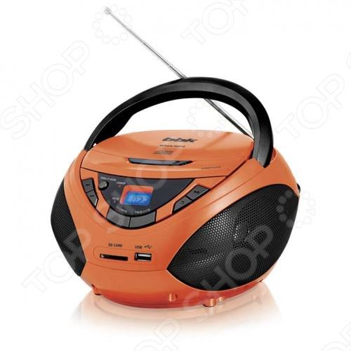 Магнитола BBK BX108U - яркая CD MP3-магнитола, разработанная специально для тех, кто не представляет своей жизни без музыки и танцев! В многообразии красочных цветовых решений каждый найдет то, что придется по душе именно ему. Магнитола BBK BX108U оснащена встроенным USB-портом и позволяет слушать аудиофайлы в форматах MP3 и WMA, записанные на CD- USB-носители и SD-карты памяти в случайном RANDOM или запрограммированном PROGRAM порядке. Для воспроизведения максимально чистого звука в устройстве применяется технология Pure Sound. Кроме того, в BBK BX108U предусмотрен линейный вход для подключения различных источников звука, тюнер для приема радиостанций в FM AM-диапазонах и выход для подключения наушников.