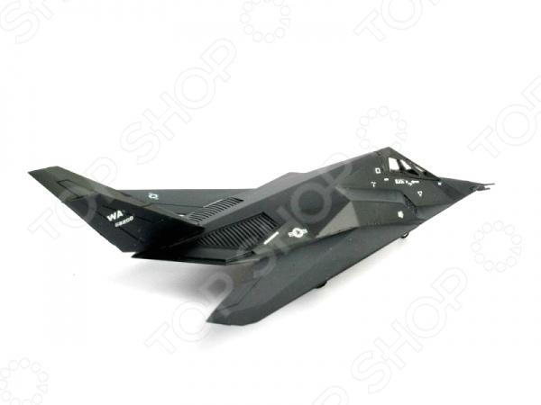 Сборная модель истребителя Revell F-117 Stealth Fighter