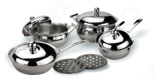 Этот набор кухонной посуды Vitesse Annette должен быть у каждой хозяйки. Матовая и зеркальная полировка позволяет ему гармонично вписаться в интерьер любой кухни. В наборе 2 кострюли, 1 сотейник, 1 сковородка, 4 крышки к ним и 2 бакелитовых подставки. Все предметы для готовки снабжены многослойным термоаккумулирующим дном. Ручки набора Vitesse Annette литые сделаны из нержавеющей стали, прикреплены с помощью точечной варки. Нагрев: газовые конфорки, стеклокерамические конфорки, чугунные конфорки, галогеновые конфорки, индукционные конфорки.