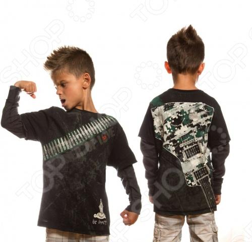 Линия Warrior Poet - это нечто большее, чем стильная одежда для мальчишек. Смелый крой, ткани, имитирующий тусклый блеск благородной стали, символы, сочетающие высокую поэзию древности с остроумием современных дизайнерских решений. Как гласит девиз компании, Мы создаем современную броню из одежды для нового поколения: мы поможем мечтать больше, идти дальше и выглядеть лучше . Материал 100 чесаный хлопок, без добавления синтетики. Если модели с модным сейчас приталенным силуэтом. По горловине идет вставка с лайкрой изнутри, чтобы воротник не растягивался и не деформировался. Края обработаны очень аккуратно. Цветовая палитра выше всяких похвал. Лонгслив Warrior Poet Soldier of Love T-Shirt - прекрасный выбор для прохладной погоды! Задумка дизайнеров бренда - две вещи - в одной! Яркий принт с изображением гитары не оставит равнодушным ни одного маленького модника. Лонгслив Warrior Poet Soldier of Love T-Shirt является ярким представителем стиля casual. Сейчас он особенно популярен и выполнен из экологически чистых и безопасных материалов и красок. Грамотный крой и высококачественный хлопок обеспечивают хорошую посадку по фигуре. Декоративно обработанные швы придают изделию стильное внешнее оформление.
