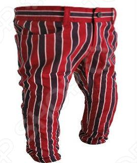 La Miniatura - линия детской одежды, созданная американским дизайнером и победителем 3-го сезона Project Runway, Jeffrey Sebelia. Коллекции в стиле конца 70-х и начала 80-х интерпретированы через призму современных тенденций и классических деталей для юных модников. Марка заняла прочное место в лучших бутиках Нью Йорка и Лос Анжелеса, а позже стала популярной во всех уголках планеты. Бархатные костюмы, клетчатые пиджаки, стильные куртки и свитера, нашли свое призвание и среди детей голливудских звезд. Брюки для младенцев La Miniatura Stripe Pands в стильную вертикальную полоску изготовлены из 100 хлопка. Рассчитаны на малышей 2-х лет.