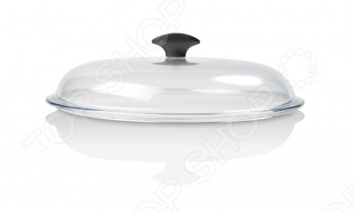 Подробную информацию о посуде Delimano читайте на странице бренда! Крышки Delimano Prima сделаны из всемирно известного стекла Pyrex, которые славятся своей прочностью и термостойкостью. С ее помощью вы будете готовить самые вкусные блюда. Во время приготовления многих блюд необходимо постоянно наблюдать за ними, для этого приходится часто поднимать крышку. Со стеклянной крышкой Delimano Prima вам не нужно этого делать, так как вы все увидите благодаря ее прозрачности. Это поможет сохранить тепло и сократить время приготовления блюда. К тому же, вы избавите себя от неприятных брызг, которые разлетаются в разные стороны каждый раз, когда вы поднимаете крышку. Крышка имеет классическую бакелитовую ручку, на которую можно положить деревянную ложку или лопатку, что делает крышку еще более практичной. Попрощайтесь с испачканными кухонными поверхностями: теперь ложка всегда будет находиться в удобном месте и не будет загрязнять ваш стол.