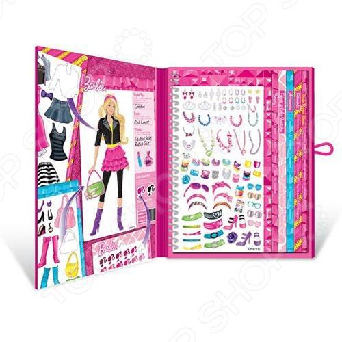 Набор с наклейками Fashion Angels Барби-стилист  это отличный подарок для любой девочки. С помощью этого набора ваша маленькая модница сможет воплотить множество творческих фантазий. На страничках блокнота изображены куклы, которые можно одеть по своему вкусу с помощью различных наклеек. Набор способствует развитию воображения, моторики рук, а также развивает чувство стиля.
