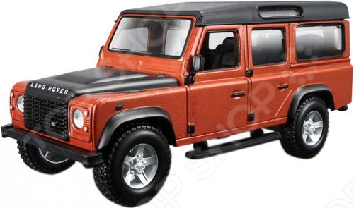 Модель автомобиля 1:32 Bburago Land Rover Defender. В ассортименте