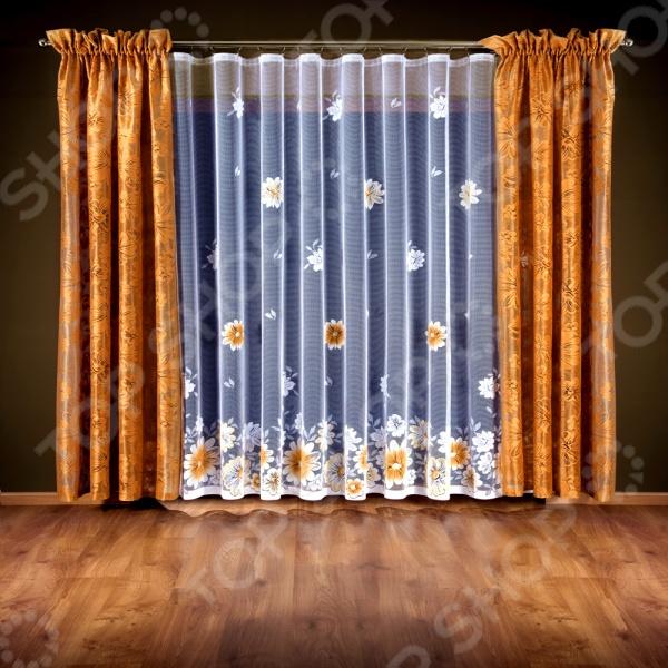 Комплект штор Wisan 5790Шторы<br>Комплект штор Wisan 5790 это качественный оконный занавес, который преобразит интерьер и оживит атмосферу, придав всей комнате домашний уют, завершенность и оригинальность. Шторы изготовлены из полиэстера, который практически не мнется, легко отстирывается от загрязнений, не притягивает пыль и не требует глажки. Благодаря этому ткань способна выдержать сотни стирок без потери цвета и прочности. Обычные материалы со временем выгорают, на них собирается пыль, появляются неприятные запахи. С полиэстером этого не происходит штора почти не пачкается и не впитывает запахи, при этом вы очень легко ее постираете и высушите. Интерьер квартиры или дома, в котором окна не украшены занавесом, сегодня трудно представить, поэтому шторы станут отличным подарком для любого человека. Купить шторы способ недорого, быстро и изящно преобразить дизайн домашнего интерьера!<br>