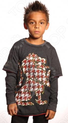 Линия Warrior Poet - это нечто большее, чем стильная одежда для мальчишек. Смелый крой, ткани, имитирующий тусклый блеск благородной стали, символы, сочетающие высокую поэзию древности с остроумием современных дизайнерских решений. Как гласит девиз компании, Мы создаем современную броню из одежды для нового поколения: мы поможем мечтать больше, идти дальше и выглядеть лучше . Материал 100 чесаный хлопок, без добавления синтетики. Если модели с модным сейчас приталенным силуэтом. По горловине идет вставка с лайкрой изнутри, чтобы воротник не растягивался и не деформировался. Края обработаны очень аккуратно. Цветовая палитра выше всяких похвал. Лонгслив Warrior Poet Lions Tooth T-Shirt создан для повседневного гардероба мальчика. Изделие серого цвета с контрастным принтом с лицевой стороны выполнено из хлопка и вискозы. Модель гарантирует комфортную эксплуатацию. Лонгслив Warrior Poet Lions Tooth T-Shirt является ярким представителем стиля casual. Сейчас он особенно популярен и выполнен из экологически чистых и безопасных материалов и красок. Грамотный крой и высококачественный хлопок обеспечивают хорошую посадку по фигуре. Декоративно обработанные швы придают изделию стильное внешнее оформление.