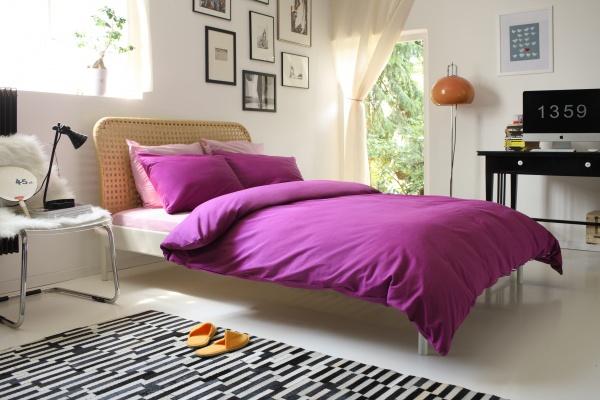 Фото Комплект постельного белья Dormeo Una. 1-спальный. Цвет: фиолетовый