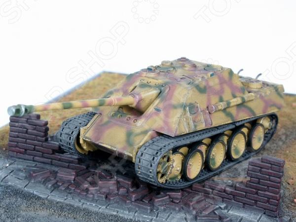Сборная модель самоходной установки Revell Sd.Kfz. 173 Jagdpanther
