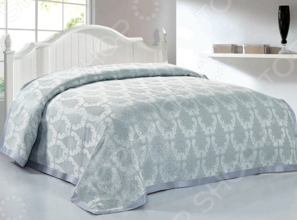 Покрывало Softline КлараПокрывала<br>Покрывало Softline Клара - это высококачественная модель, которая подарит вам тепло и поможет преобразить спальную комнату. Мягкое, теплое и приятное на ощупь покрывало согреет даже в самые холодные вечера и ночи, а стильный и красивый дизайн изделия придаст комнате изысканность и неповторимый шарм, и добавит изюминки в интерьер комнаты. Покрывало выполнено из высококачественных материалов, что позволяет значительно продлить срок службы изделия. Размер изделия: 220х240 см. Покрывало поставляется в прозрачной упаковке.<br>