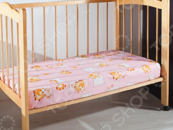 Простыня на резинке детская Primavelle станет отличным дополнением к комплекту детского постельного белья. Модель выполнена из высококачественной бязи и украшена изображениями забавных зверюшек. Бязь представляет собой плотную хлопчатобумажную ткань полотняного переплетения, отлично зарекомендовавшую себя в пошиве постельного белья, благодаря легкости, практичности, воздухопроницаемости, устойчивости к истиранию и низкой сминаемости. Ткани и готовые изделия производятся на современном импортном оборудовании и отвечают европейским стандартам качества.