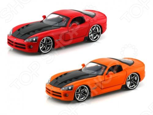 Модель автомобиля 1:24 Jada Toys Dodge Viper SRT/10 - Ribbon 5 2008. В ассортименте