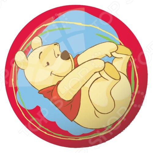Мяч Mondo «Винни Пух». В ассортиментеМячи детские<br>Товар продается в ассортименте. Вид изделия при комплектации заказа зависит от наличия товарного ассортимента на складе. Мяч Mondo Винни Пух отличная вещь для активного отдыха на улице. С этим мячиком ребенок будет проводить время весело и с пользой для здоровья, развивая ловкость и координацию движений. Яркое оформление изделия привлечет внимание остальных детей на игровой площадке. Изготовлен из материалов высокого качества с соблюдением технологических процессов производства.<br>