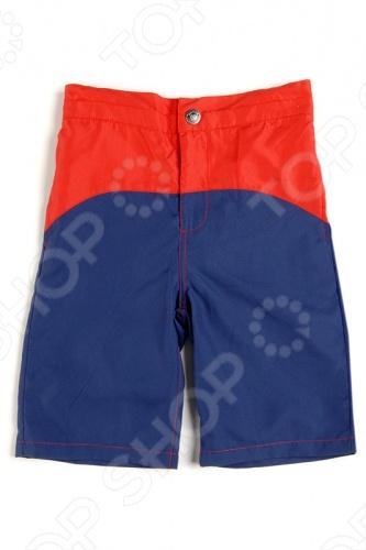 Appaman - основан в 2003 году дизайнером Харальдом Хузуме. Appaman имеет уникальный взгляд на скандинавский стиль AMERIPOP. Хузум находит вдохновение на улицах Бруклина и переводит его в свою постоянно меняющуюся палитру ярких одежд. Appaman, воплощая свои яркие творческие проекты, не забывает об удобстве и качестве для маленьких и главных людей. Вы считаете, что детская одежда должна быть не только удобной, но также стильной и индивидуальной Тогда бренд Appaman USA для Вас! Шорты для малышей Appaman Classic Swim - яркие шорты для плавания с застежкой на молнию и кнопку. По бокам расположены удобные втачные карманы, сзади прорезные карманы. Модель двухцветная, выполнена из качественного материала сочных расцветок. Состав: 100 полиэстер.