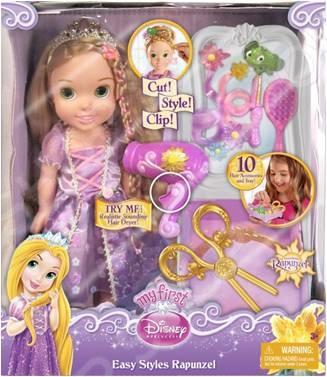 Набор игровой с куклой Disney Princess «Стилист». В ассортиментеИгровые наборы для девочек<br>Товар продается в ассортименте. Состав набора при комплектации заказа зависит от наличия товарного ассортимента на складе. Набор игровой с куклой Disney Princess Стилист станет отличным подарком для вашей любимой доченьки. Очаровательная маленькая принцесса в роскошном платьице и диадеме не оставит равнодушной ни одну малышку. В комплекте принадлежности для создания причесок: фен, расчесочка и аксессуары для украшения волос. Набор отлично подойдет для моделирования различных игровых ситуаций и сюжетно-ролевых игр, способствующих развитию у ребенка воображения, пространственного мышления и фантазии. Игрушки изготовлены из высококачественных материалов и предназначены для детей в возрасте от 3-х лет.<br>