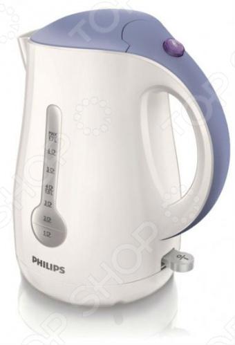 Чайник Philips HD4677/40Чайники электрические<br>Уникальная функция индикатор воды на 1 чашку позволяет вскипятить в этом стильном чайнике Philips HD 4677 40 ровно столько воды, сколько вам нужно, и при этом сэкономить до 66 энергии и снизить негативное влияние на окружающую среду. Если вы кипятите ровно столько воды, сколько нужно, вы экономите до 66 энергии и воды, внося свой вклад в защиту окружающей среды. Широко открывающаяся крышка на пружине для удобного наполнения и очистки исключает контакт с паром. При закипании воды раздается звуковой сигнал. Шнур оборачивается вокруг основания, что позволяет легко разместить чайник на кухне. Беспроводная подставка с поворотом на 360 для удобства в использовании. Элегантная подсветка выключателя уведомляет о процессе нагрева. Индикаторы уровня воды по обе стороны позволяют брать прибор справа и слева. Встроенный нагревательный элемент из нержавеющей стали обеспечивает быстрое кипячение и простую очистку. Двойной фильтр от накипи для чистой воды и чистого чайника. Четырехфазовая система безопасности для предотвращения короткого замыкания и выкипания воды с функцией автовыключения после закипания воды или снятия с основания.<br>
