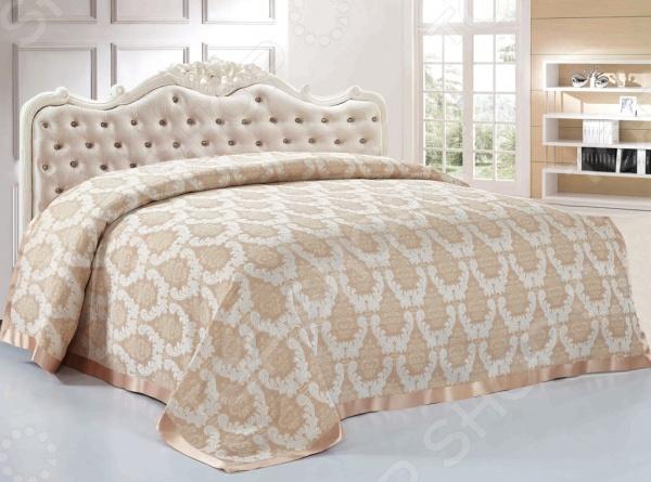 Покрывало Softline КарминаПокрывала<br>Покрывало Softline Кармина - это высококачественная модель, которая подарит вам тепло и поможет преобразить спальную комнату. Мягкое, теплое и приятное на ощупь покрывало согреет даже в самые холодные вечера и ночи, а стильный и красивый дизайн изделия придаст комнате изысканность и неповторимый шарм, и добавит изюминки в интерьер комнаты. Покрывало выполнено из высококачественных материалов, что позволяет значительно продлить срок службы изделия. Размер изделия: 220х240 см. Покрывало поставляется в прозрачной упаковке.<br>