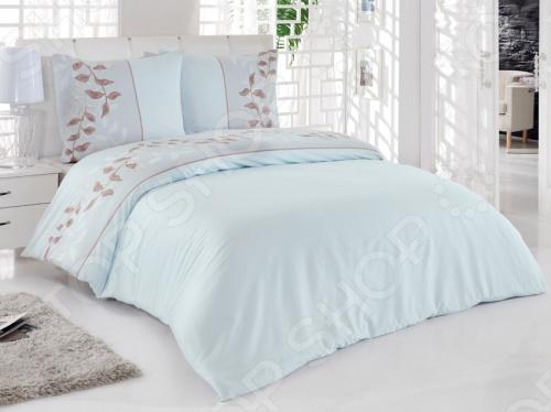 Если вы хотите приобрести легкое, шелковистое белье с долгим сроком службы, то двуспальный комплект Tete-a-Tete Тиамо вам очень понравится. Выполнен в ненавязчивых цветах, которые хорошо примут наложение любого другого оттенка, при разном освещении. Ваша постель всегда будет выглядеть безупречно. Все предметы комплекта Tete-a-Tete Тиамо цельнокроеные. Не линяет и обладает минимальной усадкой. Наволочки имеют клапан без пуговиц и молнии.