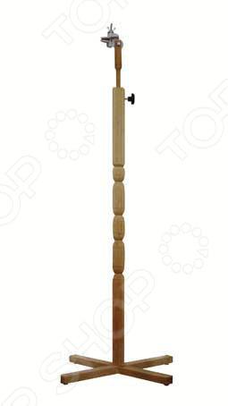Напольный держатель пялец Бос 011Аксессуары для вышивания<br>Напольный держатель пялец Бос 011 подходит для фиксирования любых пялец квадратных, круглых, овальных и пялец-рамок . Он обеспечит комфорт во время вышивания, с ним вы можете работать сидя на стуле, кресле или диване. Данная модель держателя очень удобная и функциональная, вы можете без труда переносить его с места на место и быстро менять пяльцы разных размеров и конфигураций.<br>