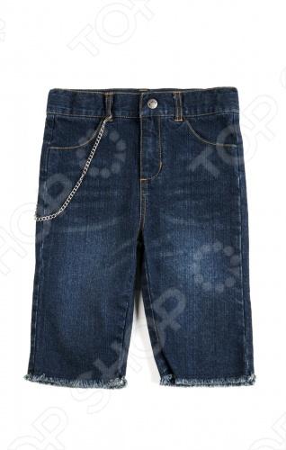 Шорты детские для мальчика Appaman Punk Shorts. Цвет: синийШорты для мальчиков<br>Детские шорты для мальчика Appaman Punk Shorts это стильные и очень удобные шорты, которые застегиваются на кнопку и молнию. Качественная хлопковая ткань гарантирует комфорт, а небольшое количество нитей спандекса обеспечивает эластичность и свободу движения. Пояс декорирован съемной цепочкой. По бокам и сзади располагаются удобные кармашки. Прекрасная одежда для будущего мужчины! Состав: 97 хлопок, 3 спандекс. Американский бренд Appaman основан в 2003 году дизайнером Харальдом Хузуме. Он создает уникальные наряды в стиле AMERIPOP. Хузум находит вдохновение на улицах Бруклина, работая над многообразной палитрой ярких одежд. Воплощая свои творческие проекты, дизайнер не забывает об удобстве и качестве детских вещей. Вы считаете, что наряд Вашего ребенка должен быть не только удобным, но также стильным и индивидуальным Тогда бренд Appaman для Вас!<br>