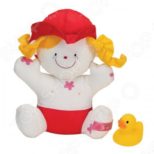 Игрушка для ванны KS Kids Девочка JuliaИгрушки для купания малышей<br>Игрушка для ванной K 39;S Kids Девочка Julia составит компанию Вашему ребёнку в ванне и сделает процесс купания ещё более интересным. Малышка Julia испачкалась и его обязательно надо искупать. Особенность игрушки заключается в том, что розовые пятнышки грязи смываются теплой водой, а при высыхании появляются снова. В комплект входит жёлтый утёнок, который может пищать и брызгаться водой.<br>