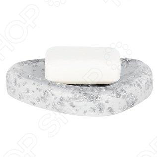 Мыльница Spirella ETNA GLITTERАксессуары для ванной комнаты<br>Мыльница Spirella ETNA GLITTER - это очень практичная и удобная вещь. Данная модель отличается оригинальным дизайном. Изготовлена из синтетического материала - полирезин. Полирезин - прочный, небьющийся материал, похожий на керамику. Представлена в чёрном и белом глянцевых вариантах с необыкновенным эффектом блеска. Размер - 15,0x11,0x2,5 см.<br>