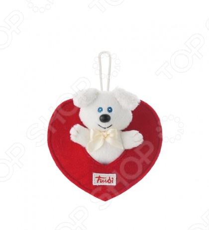Мягкая игрушка Trudi Собачка в сердечкеМягкие игрушки<br>Игрушка мягкая Trudi Собачка в сердечке это замечательный подарок вашему малышу! Игрушка изготовлена из высококачественных гипоаллергенных материалов, которые абсолютно безвредны для ребенка. Забавный зверек с большими ушами украсит любую детскую комнату и принесет радость и веселье во время игр. Trudi Собачка в сердечке поможет развить тактильные навыки, зрительную координацию и мелкую моторику рук. Игрушка оснащена петелькой для подвеса. Изделие можно стирать в стиральной машинке при температуре не выше 30 градусов.<br>