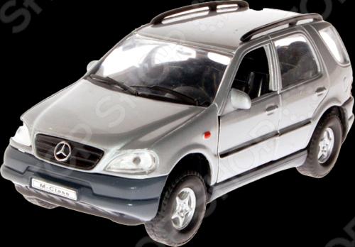 Модель машины 1:31 Welly Mercedes Benz M-Class. В ассортименте