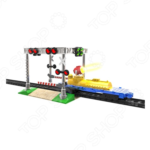 Дополнительный набор Powertrains&amp;amp;Constructions «Переезд»Железные дороги<br>Товар продается в ассортименте. Цвет и состав набора при комплектации заказа зависит от наличия товарного ассортимента на складе. Дополнительный набор Powertrains Constructions Переезд это целый комплект 23 дополнительных деталей для объединения с существующей железной дорогой. Переезд оснащен семафорами, которые загораются в нужный момент. Особенности:  Вагон  Детали для сборки переезда  Светофоры зажигаются  На вагончике есть прожектор  Подвижный шлагбаум Это отличный подарок для ребенка, ведь иногда так не хватает разнообразия, а покупать новую игрушку не вариант. С этим комплектом он сможет расширить спектр возможностей для игры.<br>