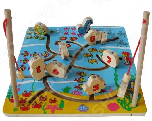Игра-бродилка ADEX Рыбалка 1 станет прекрасным подарком для вашего малыша, позволяя ему не только весело проводить время за сборкой красочного изображения, но и развиваться. Во время игры у ребенка работает воображение, пространственное мышление, сообразительность, логика, мелкая моторика. Все детали набора выполнены из высококачественных материалов, которые не вызывает аллергических реакций и не имеет острых углов, способных нанести нежной коже ребенка повреждения. Все детали игры-бродилки окрашены в яркие цвета и сделают собранную конструкцию украшением детской комнаты. Собрав все детали воедино, ребенок сможет весело играть, развивать и строить игровой сюжет согласно своему воображению и полету фантазии. Звери и люди могут перемещаться по определенным маршрутам, а малыш сможет озвучить любого из возможных персонажей.