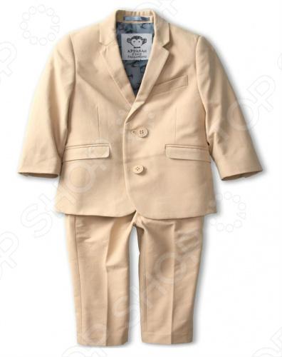 Appaman - основан в 2003 году дизайнером Харальдом Хузуме. Appaman имеет уникальный взгляд на скандинавский стиль AMERIPOP. Хузум находит вдохновение на улицах Бруклина и переводит его в свою постоянно меняющуюся палитру ярких одежд. Appaman, воплощая свои яркие творческие проекты, не забывает об удобстве и качестве для маленьких и главных людей. Вы считаете, что детская одежда должна быть не только удобной, но также стильной и индивидуальной Тогда бренд Appaman USA для Вас! Костюм детский классический Appaman Mod Suit - классический костюм для мальчика состоит из пиджака и брюк. Брюки впереди застегиваются на молнию и пуговицу, сзади два внутренний кармана, который застегивается на пуговицу, по бокам два внутренних кармана. Пиджак однобортный, впереди застегивается на две пуговицы, по бокам клапаны с ложными кармашками, на груди врезной карман. Внутри два маленьких кармашка. Подкладка с фирменным логотипом. Костюм отличного качества, выполнен как настоящий классический мужской костюм. Состав: 56 хлопок, 28 полиэстер, 16 нулон.