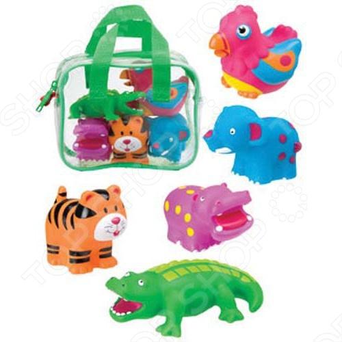 Игрушки для ванны ALEX «Джунгли»Игрушки для купания малышей<br>Игрушки для ванны ALEX Джунгли понравится как деткам, так и взрослым. В наборе представлено 5 игрушек, которые поставляются в сумке. Веселые разноцветные зверюшки для игры в ванной плавают в воде. Рекомендовано малышам от 18 месяцев. Теперь играть станет еще интереснее.<br>