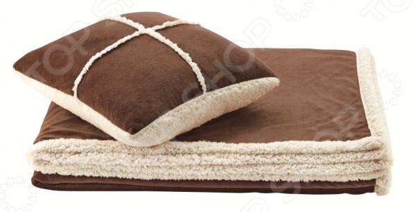 Фото Набор Dormeo Warm Hug: декоративная подушка и плед. Цвет: коричневый