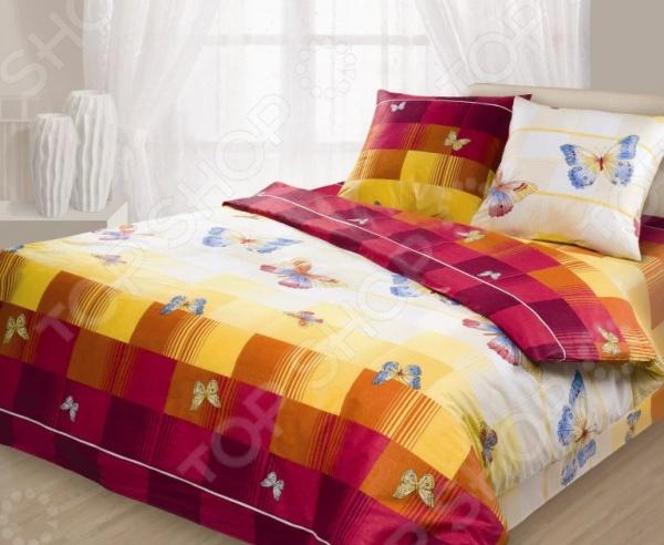 Комплект постельного белья Гармония «Махаон». 1,5-спальный1,5-спальные<br>Комплект постельного белья Гармония Махаон оптимальный выбор для современной хозяйки! Комплект произведен из поплина 100 хлопковой ткани. Поплин мягкий и приятный на ощупь, не требует специального ухода, выдерживает множество стирок и великолепно держит форму. Оцените все преимущества поплина:  Мягкая, гладкая и шелковистая поверхность ткани.  Легко стирать и гладить, не беспокоясь о потере формы и цвета.  Показатели усадки минимальны, поэтому белье всегда будет соответствовать заявленным размерам.  Поплин обладает высокой стойкостью к бытовому трению, поэтому выдерживает множество стирок.<br>