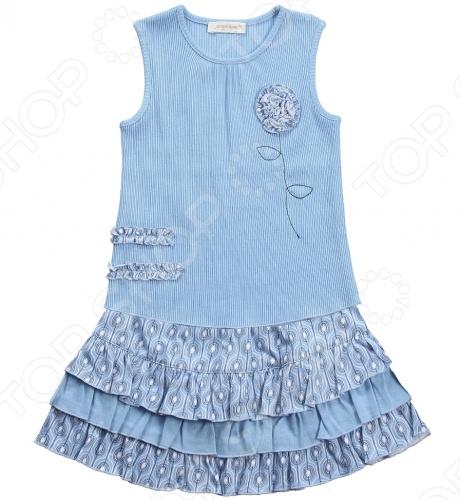 Angel Dear, создает классическую одежду для новорожденных и детей младшего возраста от 0 до 4 лет . При создании учитываются самые современные тенденции в мире моды, и особое внимание уделяется деталям. Каждая коллекция имеет свой неповторимый стиль, который дополняется различными милыми аксессуарами, чтобы сохранить ощущения столь сладостного периода детства. Комфорт ребенка - основополагающий принцип в создании коллекций каждого сезона. Линии одежды Angel Dear вы можете увидеть в лучших бутиках и магазинах по всей территории США. Майка с юбкой Angel Dear Willa. Нежный комплект, выполненный из 100 хлопка. Маечка без рукавов, украшена цветком, юбка с рюшами свободного покроя на резинке. Прекрасный вариант на каждый день! Состав: 100 хлопок.